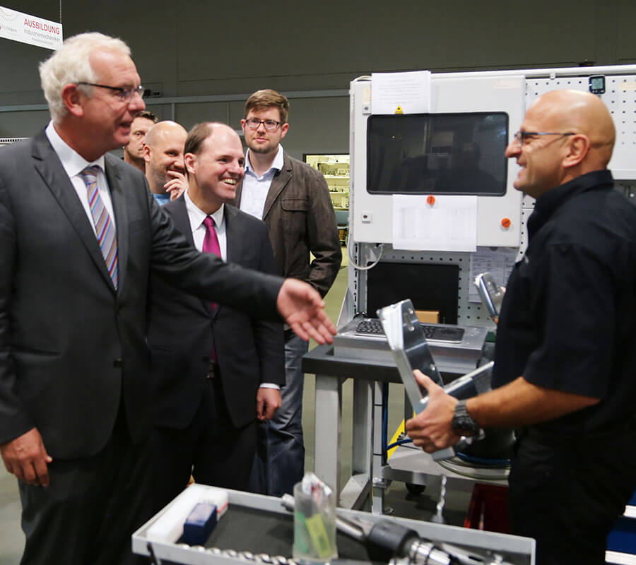 Hofmann CNC · Abgeordneter des Landtags zu Besuch